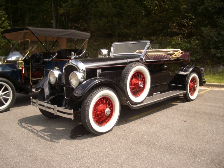 1927 Model E-75 - Owned by Ron and Sally Barnett