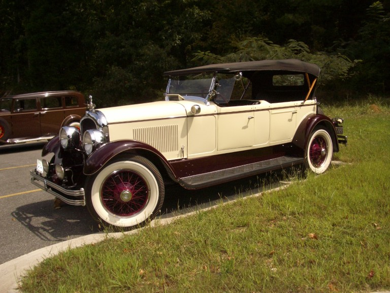 1927 Model E-75 - Owned by Bob and Marilyn Hepler