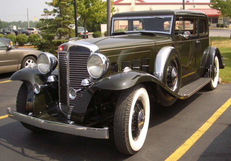 1933 Sixteen - Owned by Chris and Sharon Macallister